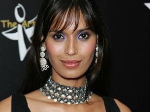 Ujjwala Raut Wallpaper Bollywood Hot Models W...
