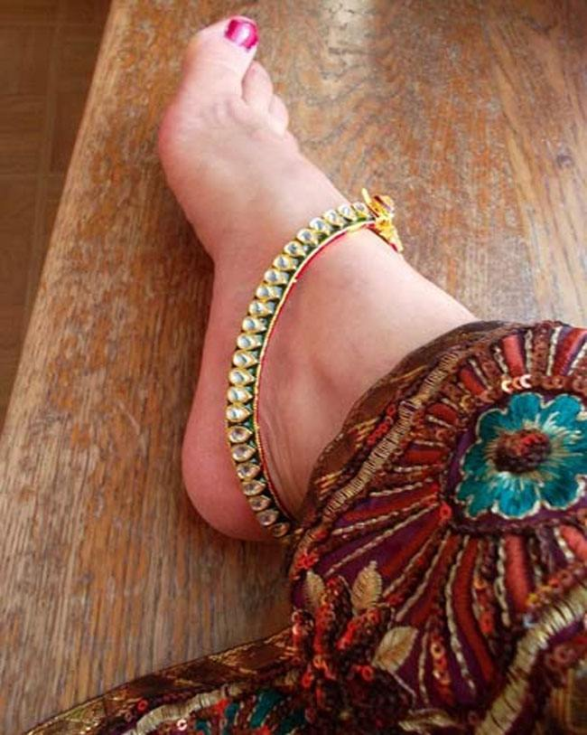 Best Anklet With Legs Ideas - Jewelry Collection Ideas - morarti.com