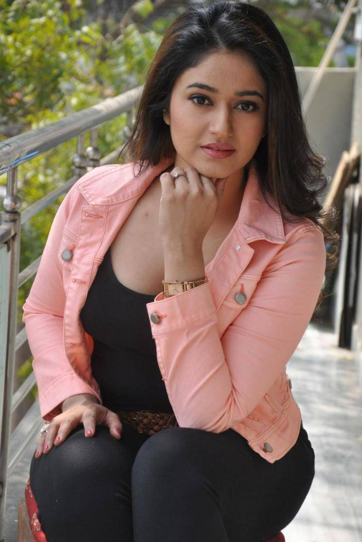 Watch Poonam Bajwa video
