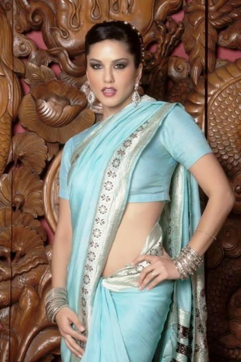 Actress Pranitha Subhash In Saree Spicy Pics Welcomenri