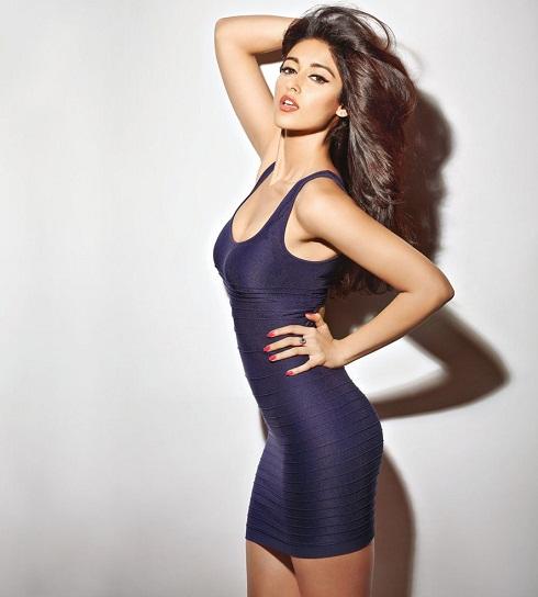 top 10 sexy heroines