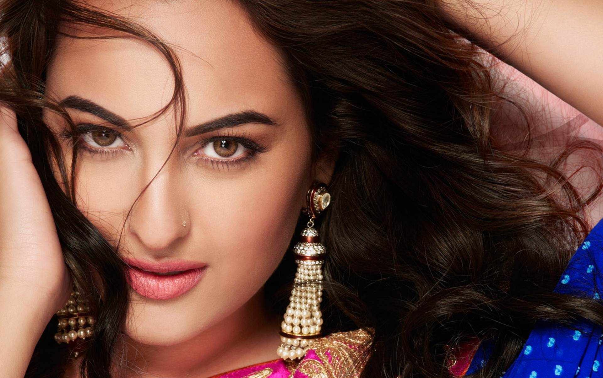 Bollywood Fashion N Beauty: Top 10 Most Beautiful Bollywood Actresses